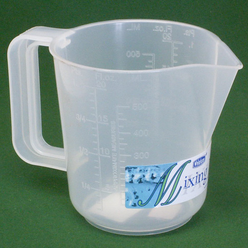 Whitefurze Plastic Mixing Measuring Jug - 1 Pint