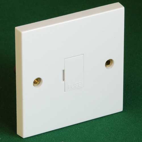 13Amp Fused Outlet - Click Image to Close