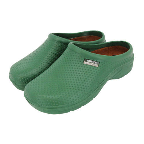 Town and Country Cloggies Green size 8